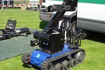 Pyrotechnický robot.