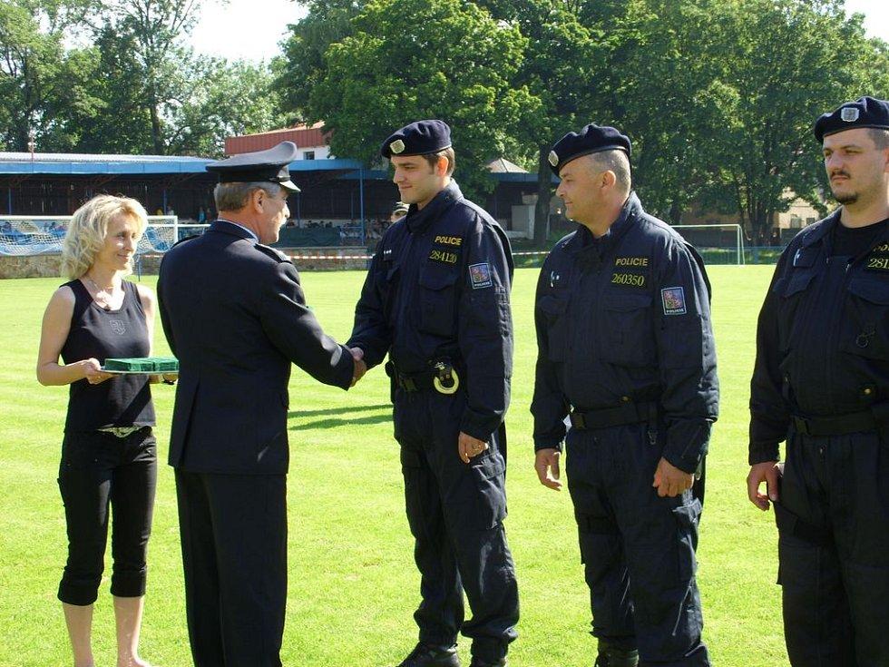Slavnostní předávání medailí policistů za věrnost