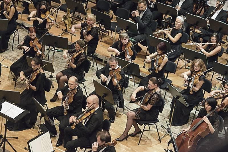 Filharmonie zahájila 44. sezónu.