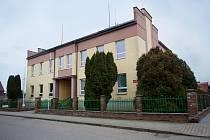 Hlavní budova technické a řemeslné školy.