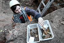 Archeologický výzkum u Bílé věže v Hradci Králové.