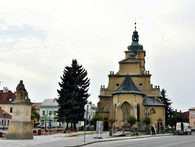 Klicperovo náměstí vChlumci nad Cidlinou po rekonstrukci.