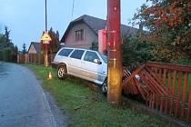 Havárie osobního automobilu v Libřicích.