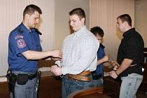 Obžalobě z vydírání čelí od 27. dubna u krajského soudu Jan Novák a Viktor Tuček.