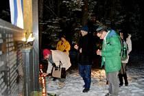 Uctění památky obětí holocaustu na pouchovském židovském hřbitově v Hradci Králové.