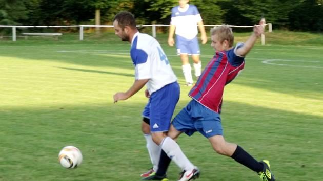 Krajská fotbalová I. B třída, skupina A: TJ Sokol Malšovice - TJ Lokomotiva Hradec Králové.