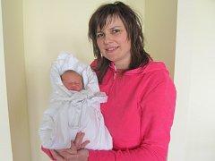 HANA SVOBODOVÁ se narodila v neděli 8. února v 16.59 hodin. Měřila 51 centimetrů, vážila 3440 gramů a potěšila tak maminku Květu, tatínka Jana a bratra Lukáše z Vysokého Mýta.