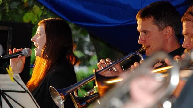 Jazzová nábřežní pouť: Big Band Trumps.