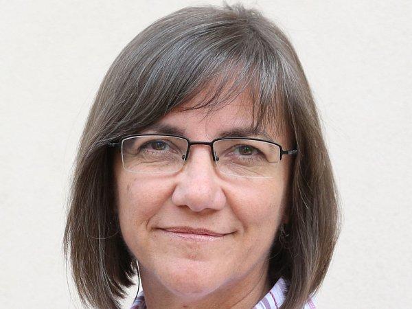 Anna Maclová.