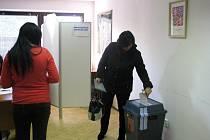 Opakované komunální volby v Kratonohách.