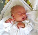 ZORA ČESÁKOVÁ se narodila 5. září ve 13.30 hodin. Vážila 3300 gramů a měřila 52 centimetrů. Radost z ní mají maminka Zuzana Vedncelidesová a tatínek Pavel Česák z Předměřic nad Labem.