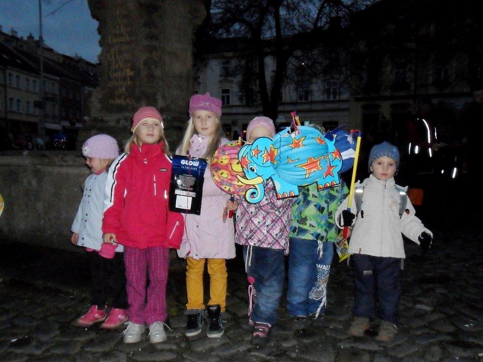 Město plné lampionů v Hradci Králové.
