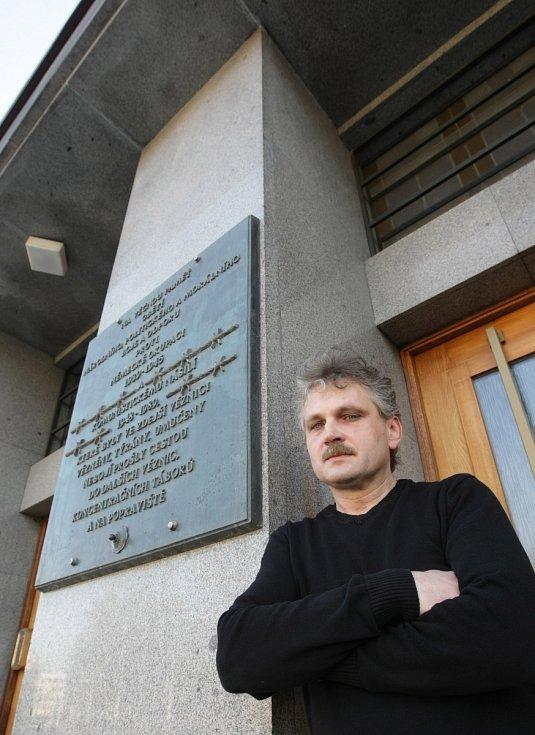 Krajský soud v Hradci Králové a Milan Bořek.