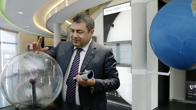 Arménský velvyslanec Tigran Seiranian v Hradci Králové.