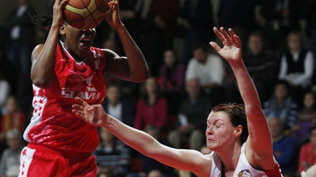 Ženská basketbalová liga: Sokol Hradec Králové - BLK Slavia Praha.