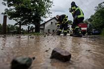 Povodeň v obci Zlič na Náchodsku.