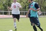 I. fotbalová liga staršího dorostu: FC Hradec Králové - SK Slavia Praha. Vlevo domácí Michal Krátký.