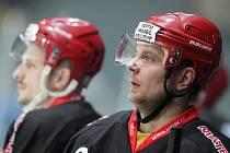 I. hokejová liga - 6. čtvrtfinále play off: Královští lvi Hradec Králové - HC Olomouc.