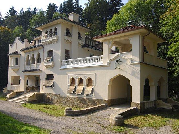 Porkertova vila, Skuhrov nad Bělou