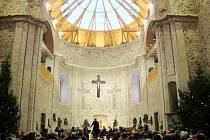 Koncert v neratovském kostele Nanebevzetí Panny Marie.