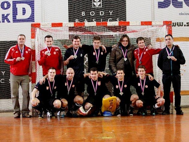 Extraliga mužů v halovém pozemním hokeji: stříbrný tým Slavie Hradec Králové.