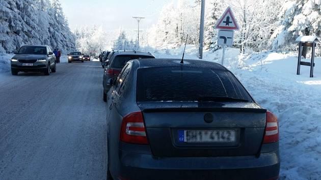 Parkování na Šerlichu.