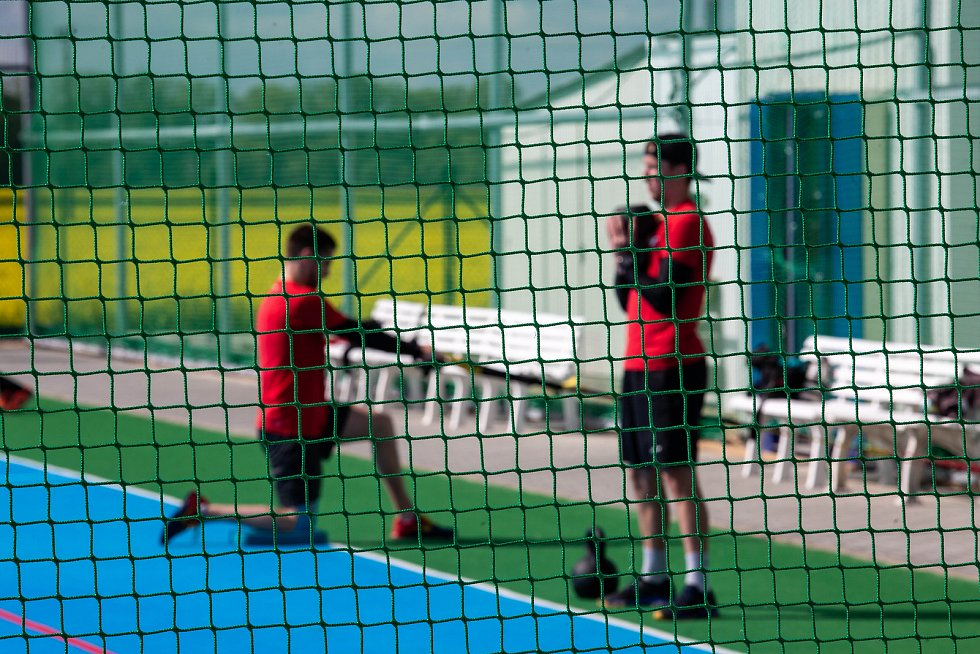 První letní trénink hokejistů Mountfieldu HK ve sportovním areálu ve Vysoké nad Labem.