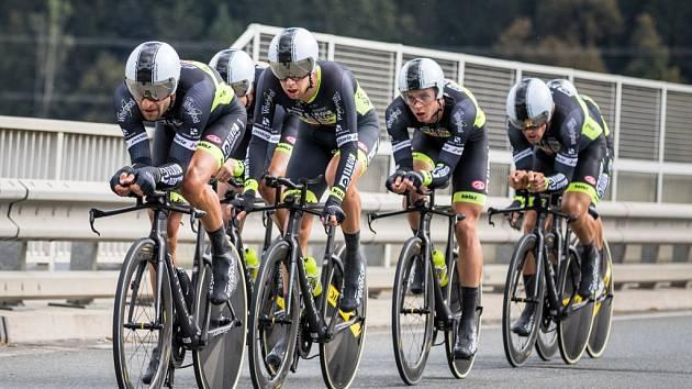 Jezdci týmu Elkov Author HK obsadili v týmové časovce 12. místo.
