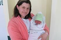 MAREK LEŠKA poprvé vykoukl na svět 13. dubna ve 2.13 hodin. Měřil 51 centimetrů a vážil 3720 gramů. Radost z něj mají maminka Helena Ambrůžková a tatínek David Leška z Velichovek.
