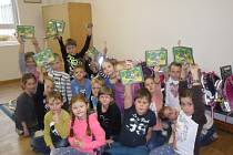 Žáci pomohli lesníkům se sběrem kaštanů