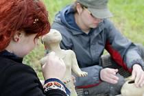 Dny živé archeologie ve Všestarech o víkendu 15.-16. května 2010.
