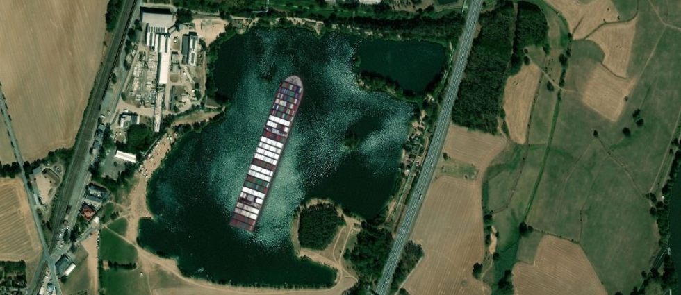 Jak by uvízlá kontejnerová loď ze Suezského průplavu vypadala na Opaťáku