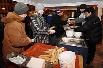 Stejně jako v letech minulých i letos bylo možné oslavit Nový rok společně 1. ledna 2011 na Velkém náměstí v Hradci Králové. Návštěvníci moli ochutnat čočkovou polévku servírovanou z rukou radních. Vyvrcholením oslav byl ohňostroj.