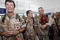 8. srpna 2008 se na vojenské letiště Praha-Kbely vrátilo z Afghánistánu do České republiky posledních 45 příslušníků 4. kontingentu polní nemocnice a chemické jednotky