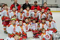 V závěrečném turnaji sezony obsadili hokejisté HC VCES Hradec Králové (ročník 2002 a mladší) třetí příčku.