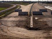 Dostavba dálnice D11.
