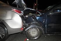 Mladý řidič způsobil nehodu v centru Hradce