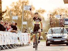 Suverénní vítězství si připsal hradecký jezdec Michael Kukrle v posledním závodu Českého poháru.
