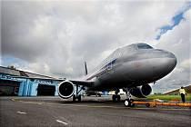Na hradeckém letišti vrcholily přípravy na letecký svátek CIAF.