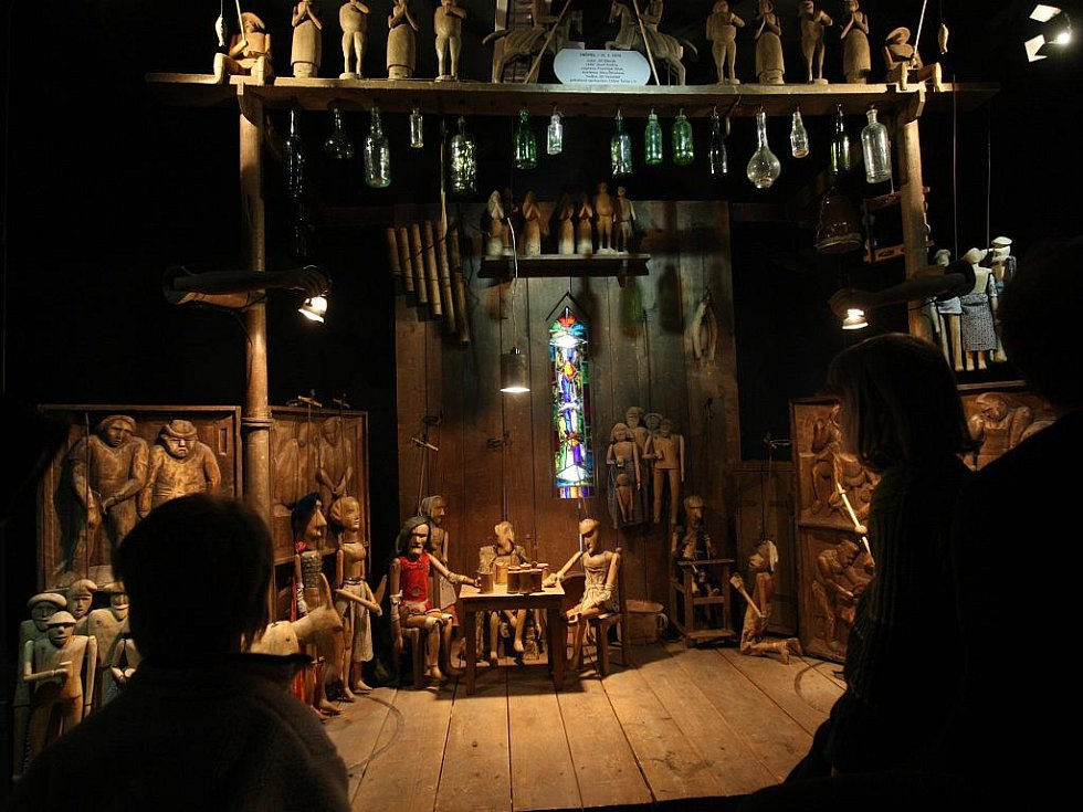Divadlo Drak otevřelo muzeum loutek a divadelní laboratoř v Tereziánském dvoře.