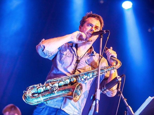 Jazz Goes to Town - skupina Vertigo v prostorách Filharmonie Hradec Králové.
