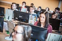 Krajské kolo soutěže v grafických dovednostech na Vyšší odborné škole a Střední odborné škole v Novém Bydžově.