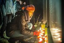Pietní akce u příležitosti Mezinárodního dne památky obětí holocaustu (a předcházení zločinům proti lidskosti) na královéhradeckém židovském hřbitově na Pouchově.