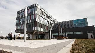 univerzitní příběhy o připojení