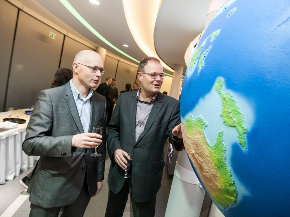Slavnostní otevření digitálního planetária v Hradci Králové.