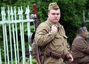 Smiřice poprvé oslavily ukončení druhé světové války historickou přestřelkou wehrmachtu a Rudé armády nazvanou Tenkrát v pětačtyřicátém.