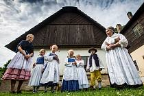 Oživlé Ratibořice v Babičině údolí u České Skalice.