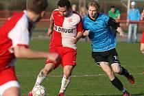 Fotbalový krajský přebor Královéhradecka: FC Slavia Hradec Králové - FC Nový Hradec Králové.