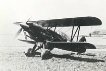 Z historie hradeckého letiště: B 534.