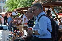 Poslední dubnovou sobotu se v kulisách Labe konalo Hradecké nábřeží gurmánů, tentokrát s podtitulem Chuť jara.